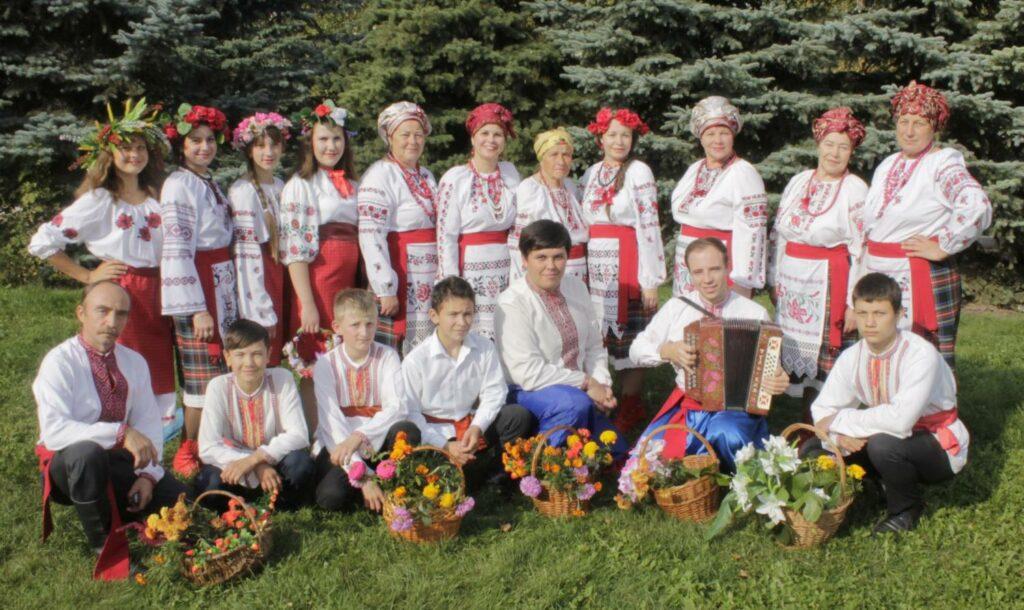 Народный Украинский Фольклорный Коллектив «Чаровницы»